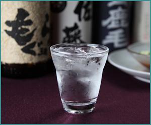 日本人の故郷の味!焼酎の魅力とは?